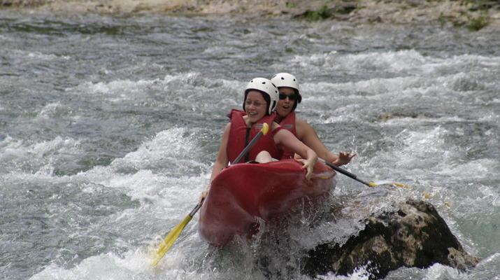 Canoë-kayak-Gorges du Tarn-Location de canoë-kayak dans les Gorges du Tarn près de Millau-2