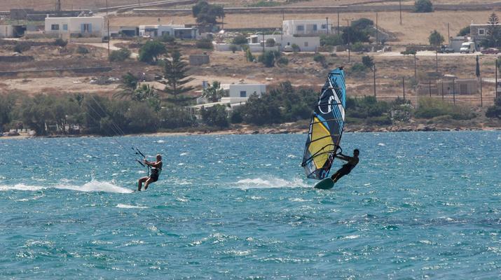 Windsurfing-Paros-Windsurfing lessons in Pounda, Paros-4