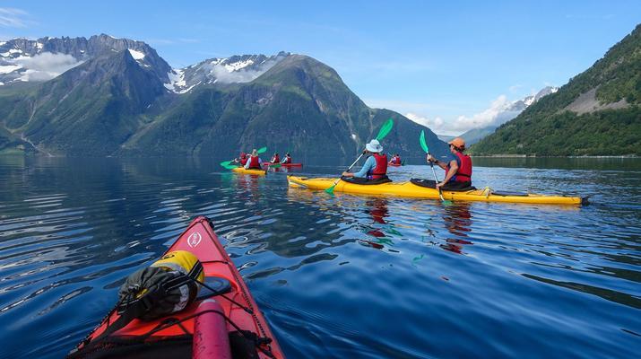 Sea Kayaking-Alesund-Kayaking excursion to Hjørundfjorden near Ålesund-1
