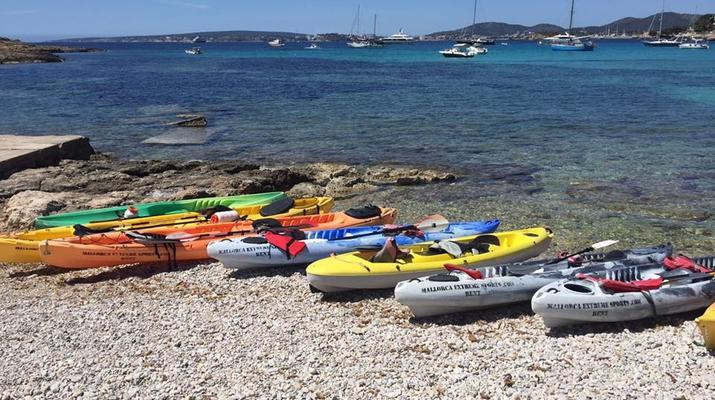 Kayak de mer-Palma, Majorque-Excursion en kayak, plongée en apnée et saut de côte à partir d'Illetas, Majorque-11