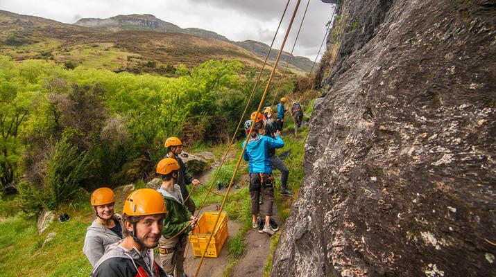Rápel-Wanaka-Excursión de rappel para principiantes en Wanaka-1
