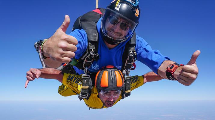 Skydiving-Sevilla-Tandem Skydive from 3100m in Sevilla-3