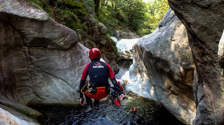 Canyoning-Ticino-Canyoning in Boggera canyon, Valle di Cresciano in Ticino-4