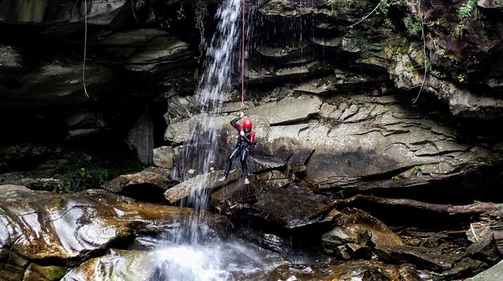 Canyoning-Ticino-Canyoning in Boggera canyon, Valle di Cresciano in Ticino-2