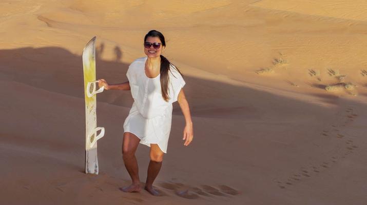 Sandboarding-Dubai-Sandboarding excursion in Dubai-6