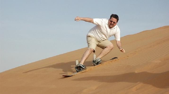 Sandboarding-Dubai-Sandboarding excursion in Dubai-4