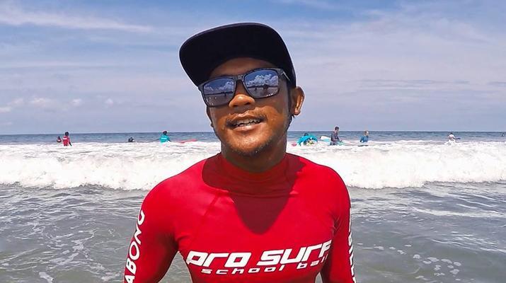 Surfing-Kuta-Beginner's Surfing Lessons in Kuta, Bali-3