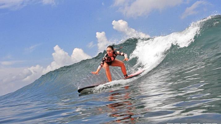 Surfing-Kuta-Reef surfing lessons in Kuta, Bali-6