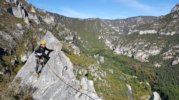 Escalade-Gorges du Tarn-Découverte de l'escalade grande voie dans les Gorges du Tarn-1