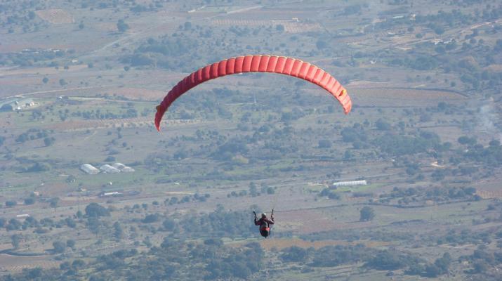 Paragliding-Madrid-Tandem paragliding flight near Madrid-1