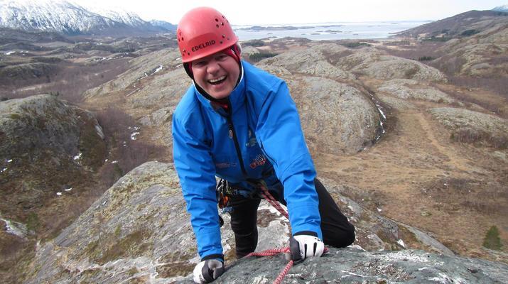 Rock climbing-Skutvik-Rock climbing up Hamarøyskaftet mountain in Skutvik-5