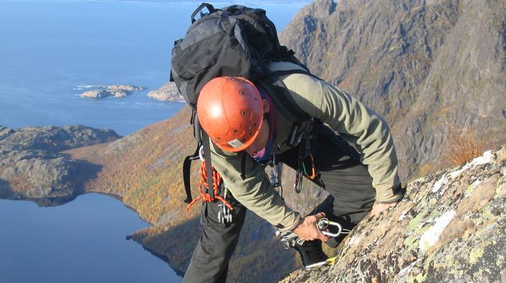 Rock climbing-Skutvik-Rock climbing up Hamarøyskaftet mountain in Skutvik-4