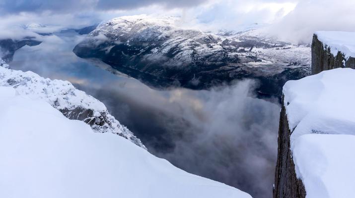 Snowshoeing-Stavanger-Winter/Spring Hike to Preikestolen (Pulpit Rock) in Ryfylke-9