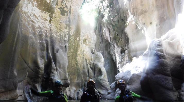 Canyoning-Ronda-Advanced Canyoning in Buitreras, near Estepona-2