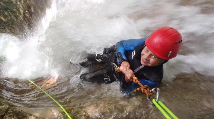 Canyoning-Lake Garda-Beginner Canyoning Tour from Gumpenfever Canyon to Lake Garda-3
