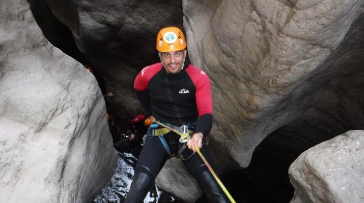 Canyoning-Ronda-Advanced Canyoning in Buitreras, near Estepona-4