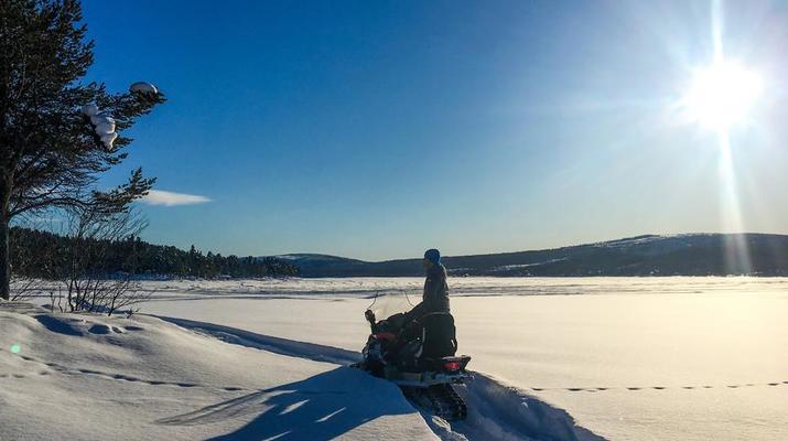 Motoneige-Kiruna-Excursion en motoneige l'après-midi-4