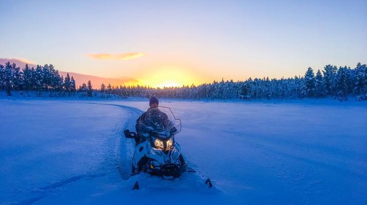 Motoneige-Kiruna-Excursion en motoneige l'après-midi-2
