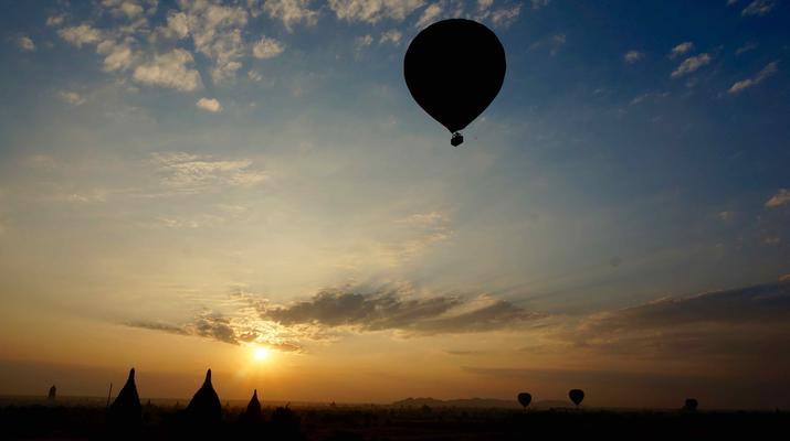 Hot Air Ballooning-Bagan-Hot air balloon flight over Bagan-7
