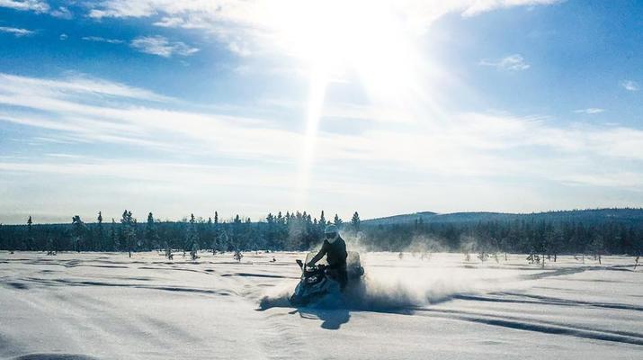 Motoneige-Kiruna-Excursion en motoneige l'après-midi-6