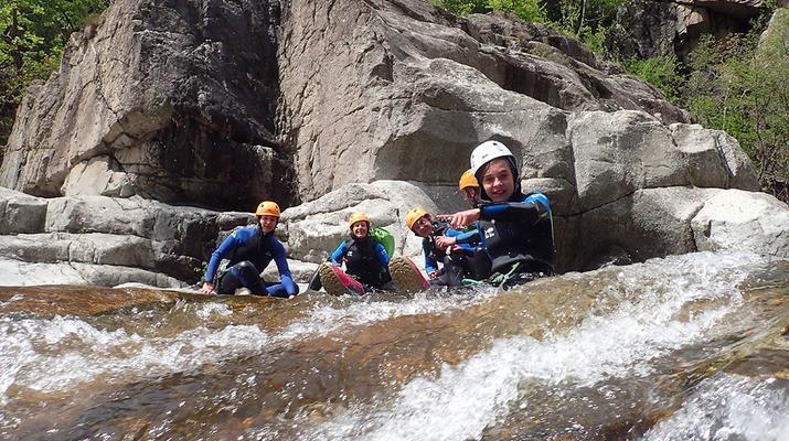 Canyoning-Ardèche-Descente du Canyon du Roujanel en Ardèche-1