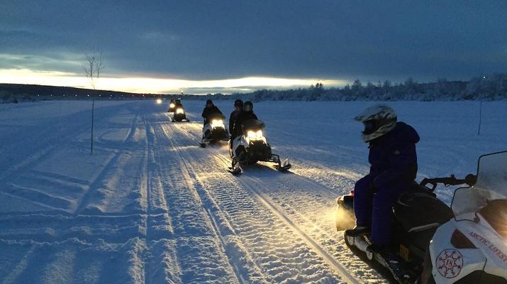 Snowmobiling-Rovaniemi-Chasing the Northern Lights on Snowmobile, near Rovaniemi-5
