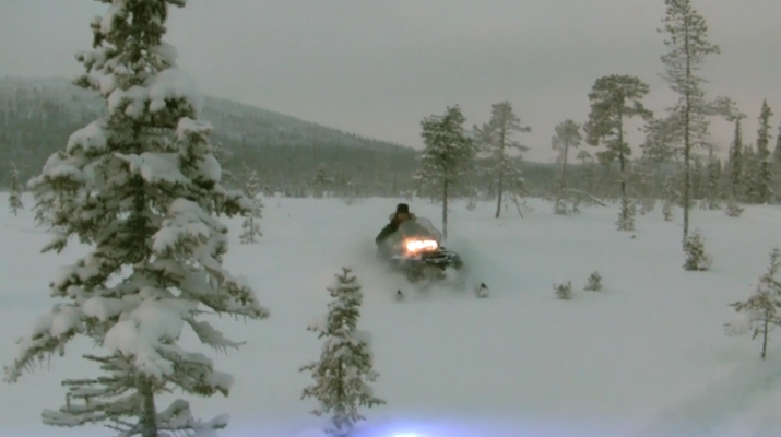 Snowmobiling-Kiruna-Overnight Aurora Hunter Snowmobile Adventure, near Kiruna-4