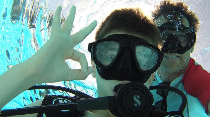 Plongée sous-marine-Saint-François-Baptême de Plongée à Saint-François, Guadeloupe-1