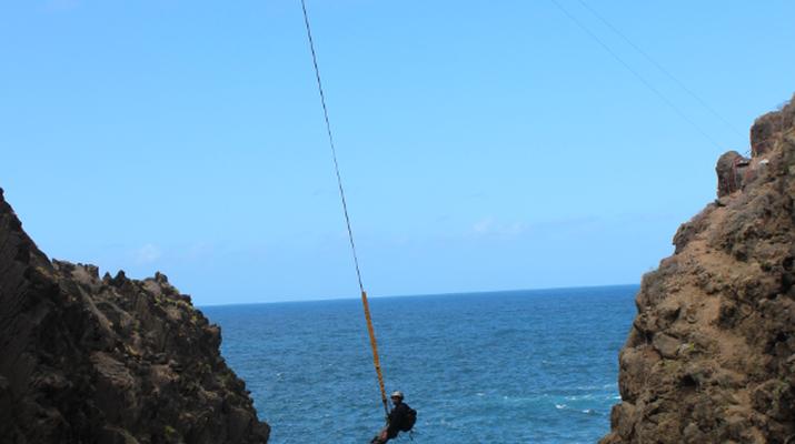 Bungee Jumping-Las Palmas de Gran Canaria-Rope Swinging (28 m) from La Calzada Bridge near Las Palmas de Gran Canaria-4