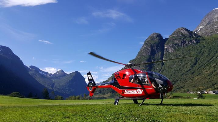 Helicoptère-Bergen-Tour en hélicoptère de Trolltunga à Bergen-5