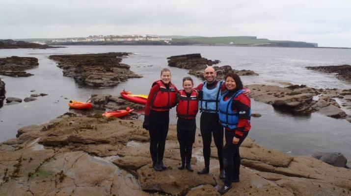 Seekajak-County Clare-Seekajak-Ausflug in der Kilkee Bay-3