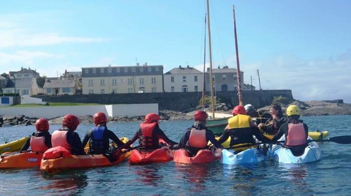 Seekajak-County Clare-Seekajak-Ausflug in der Kilkee Bay-1