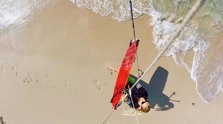 Kitesurfing-Dubai-Kitesurfing Course in Dubai-4