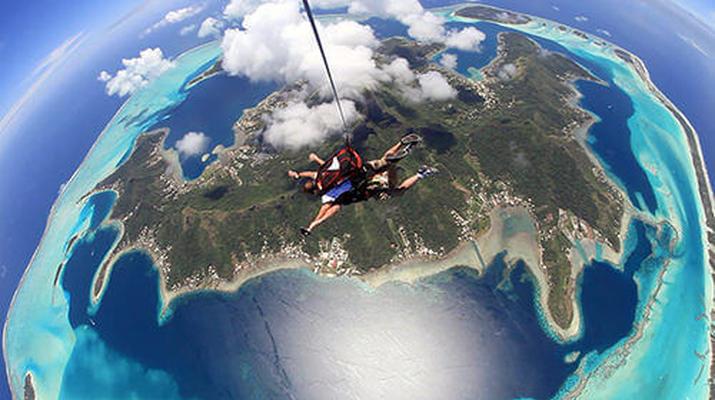 Parachutisme-Bora Bora-Saut en Parachute Tandem à Bora Bora, Polynésie Française-2