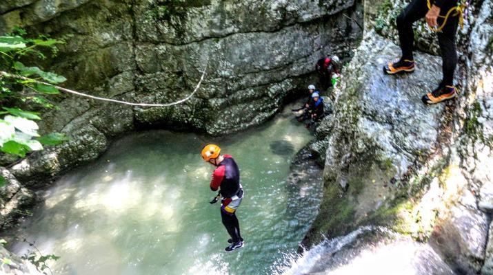Canyoning-Lake Garda-Extreme Canyoning Tour in Vione Canyon near Lake Garda-2