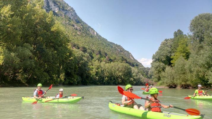 Kayaking-Lake Garda-Beginner Canoeing Trip to Punta San Vigilio in Lake Garda-2