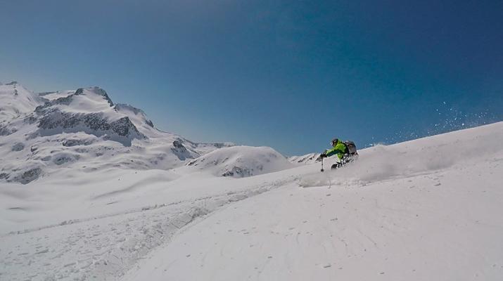 Ski acrobatique-Bansko-Tour guidé de Freeride dans les montagnes de Pirin, Bankso-3