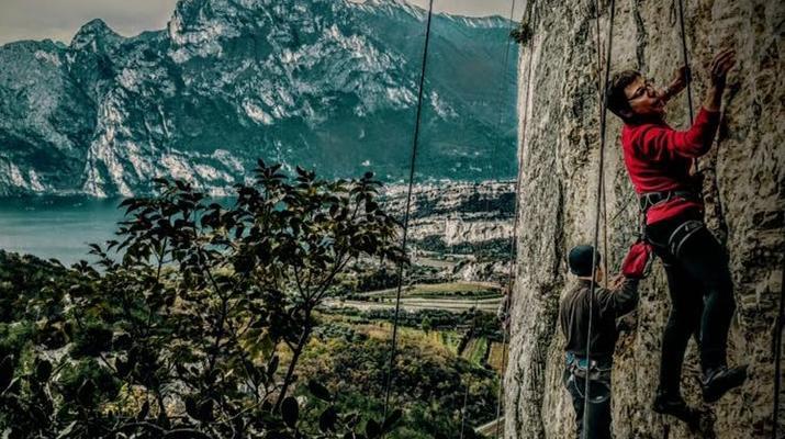 Rock climbing-Lake Garda-Extreme Multi-pitch Rock Climbing Course in near Lake Garda-2