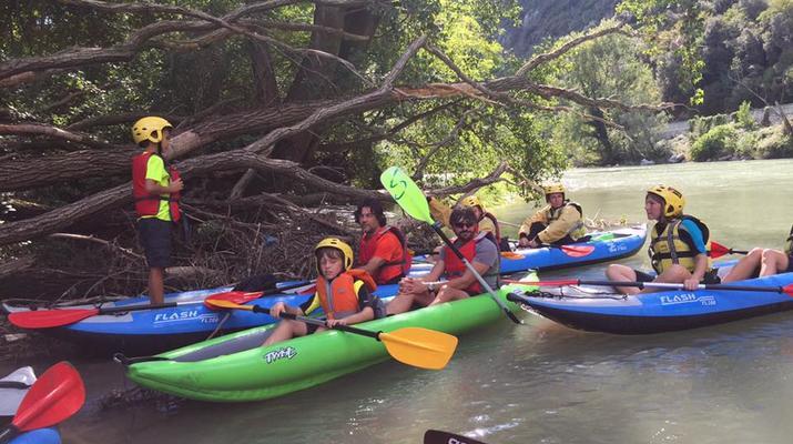 Kayaking-Lake Garda-Beginner Canoeing Trip to Punta San Vigilio in Lake Garda-4