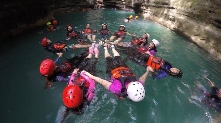 Canyoning-Cebu-Kawasan Falls & Moalboal Island Private Tour Package-5