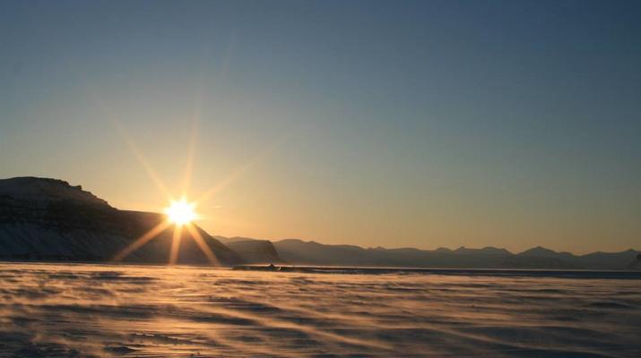 Snowmobiling-Svalbard-Snowmobiling through the Midnight Sun in Svalbard-5