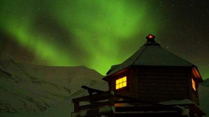 Snowmobiling-Svalbard-Northern Lights Snowmobile Trip in Svalbard-5