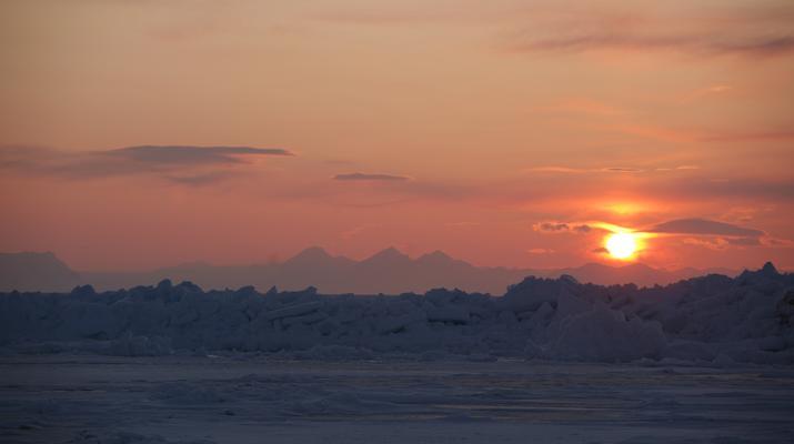 Snowmobiling-Svalbard-Snowmobiling through the Midnight Sun in Svalbard-2