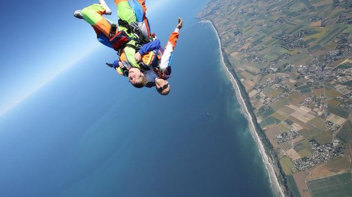 Skydiving-Le Havre-Tandem skydiving in Le Havre, Normandy-2