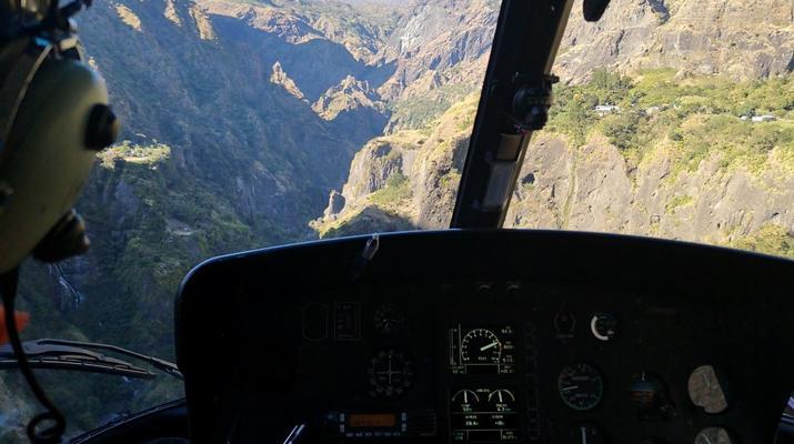 Helicoptère-Saint-Pierre-Survol de l'Île de La Réunion en Hélicoptère-5