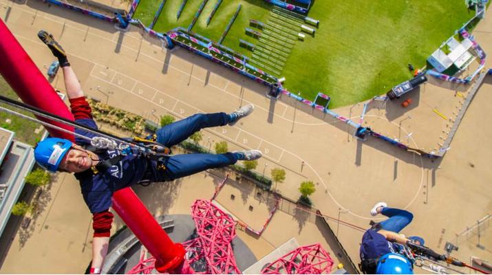 Rápel-London-Descenso en rappel de ArcelorMittal Orbit en el Parque Olímpico de Londres-3