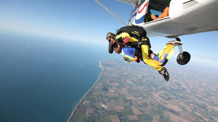 Skydiving-Le Havre-Tandem skydiving in Le Havre, Normandy-1