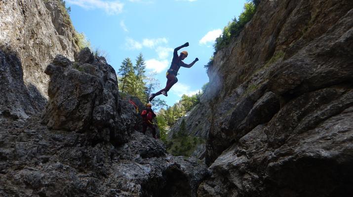 Canyoning-Salzbourg-Canyoning dans la gorge de Strubklamm près de Salzbourg, en Autriche-1