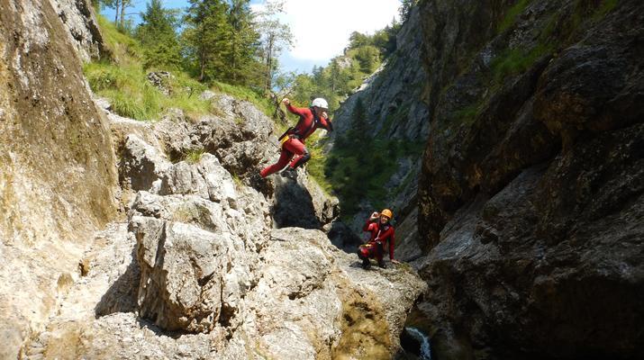 Canyoning-Salzbourg-Canyoning dans la gorge de Strubklamm près de Salzbourg, en Autriche-6