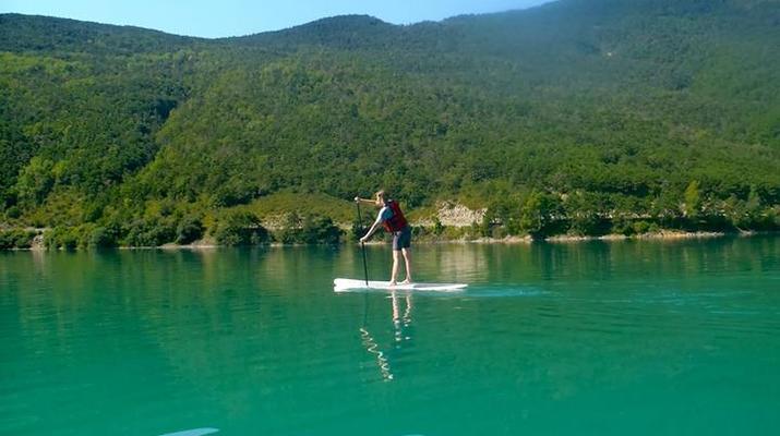 Stand Up Paddle-Gorges du Verdon-Stand-Up Paddle sur le lac de Castillon, près des Gorges du Verdon-6